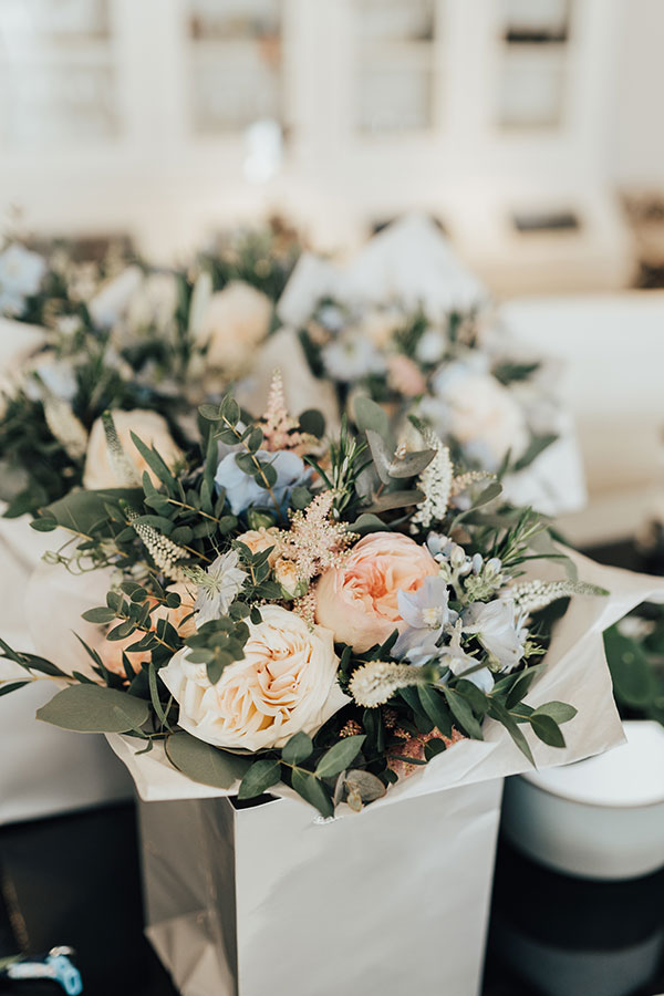 Blush and blue bouquets