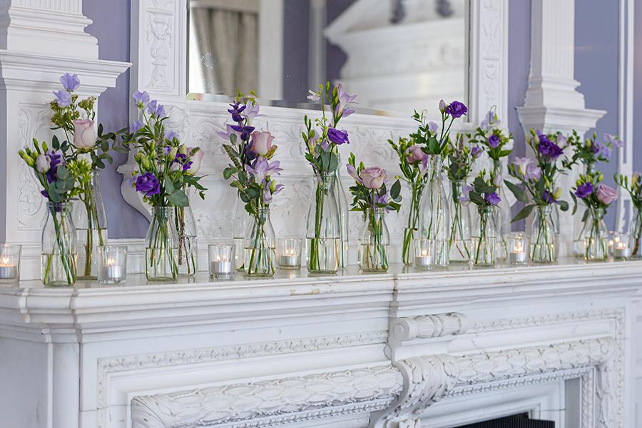 bud vase mantelpiece